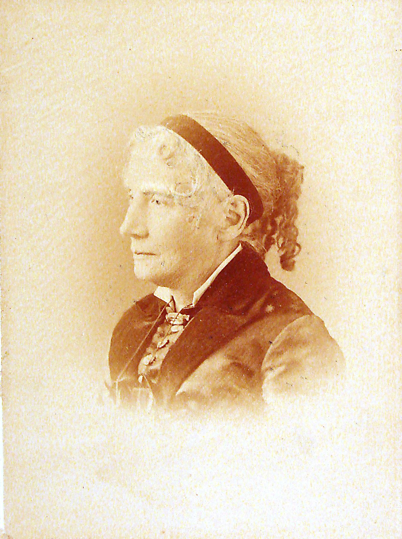 Harriet Beecher Stowe photo